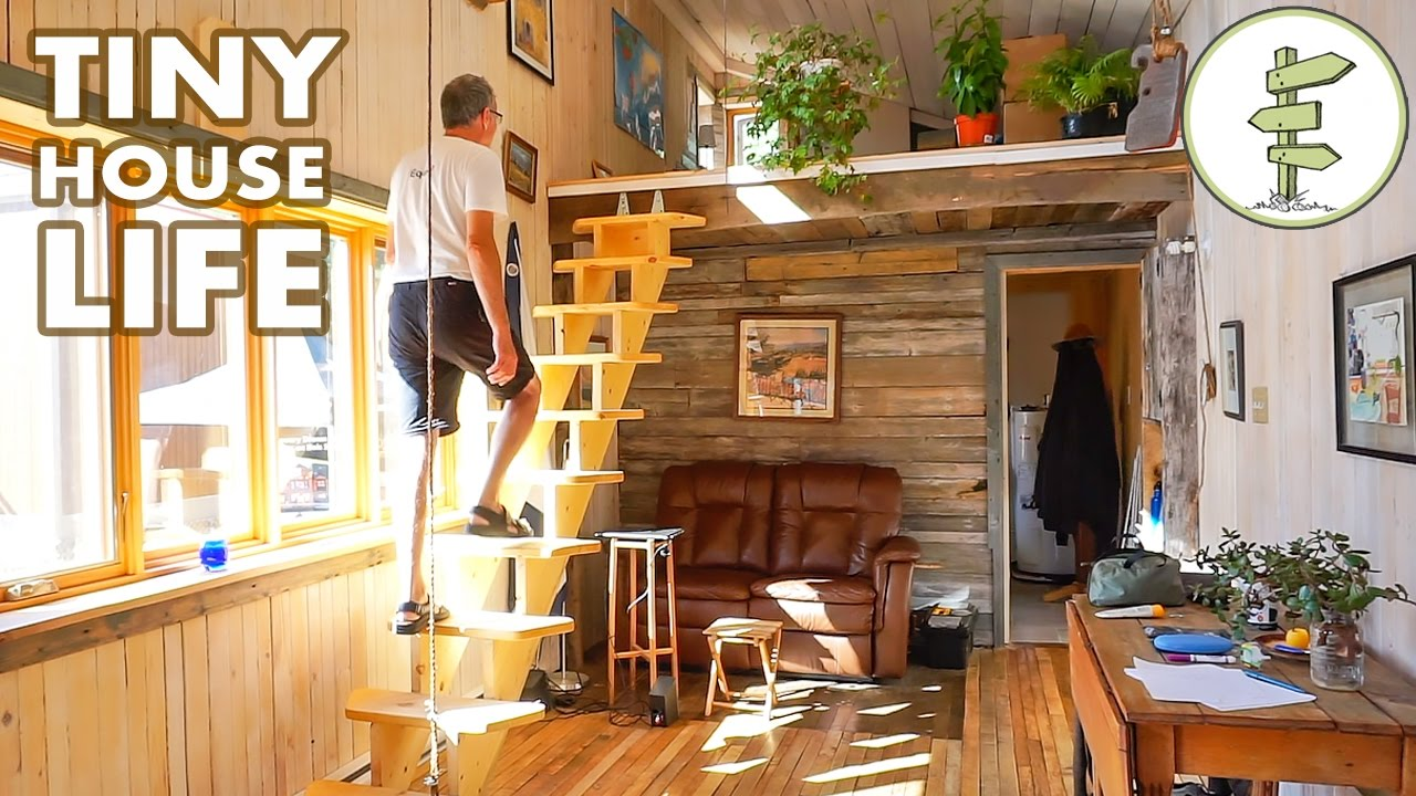 tour a spacious open concept tiny house parked in a leg doovi. Black Bedroom Furniture Sets. Home Design Ideas