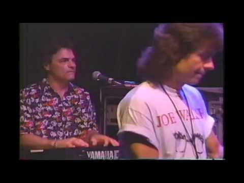 05   Glenn Frey With Joe Walsh   New Kid In Town   Chattanooga, Tennessee 1993 Riverbend Festival