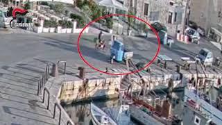 Attentato sul porto di Trani: due colpi di pistola contro pescatore