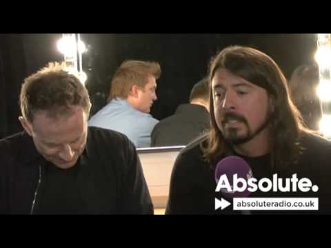 Them Crooked Vultures interview at the 2010 Teenage Cancer Trust concerts