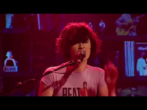 Megan Washington CEMENT (live) - Rockwiz SBS Television Australia 5 Dec 09.m4v