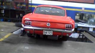 Alineamiento FORD Mustang.wmv