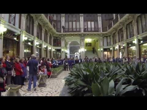 W.A. Mozart. Ave verum corpus (flash mob)