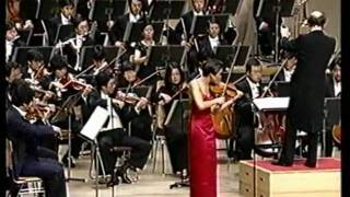 Anne Akiko Meyers Performs the Finale of Lalo