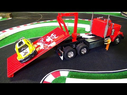 RC ADVENTURES - RED KiNG HAULER [w/ 3D Printed HOOK LiFT] SEMi Truck LiFTS for the FiRST TiME!