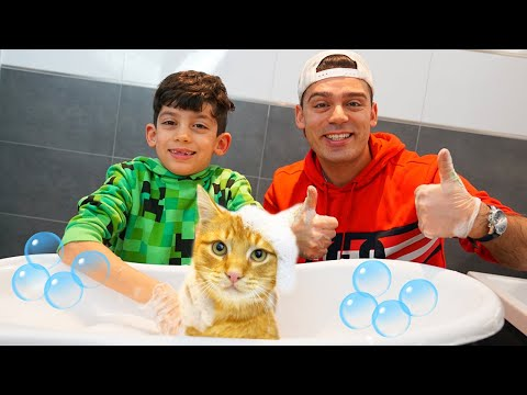 Jason And The Bath Song For Cats