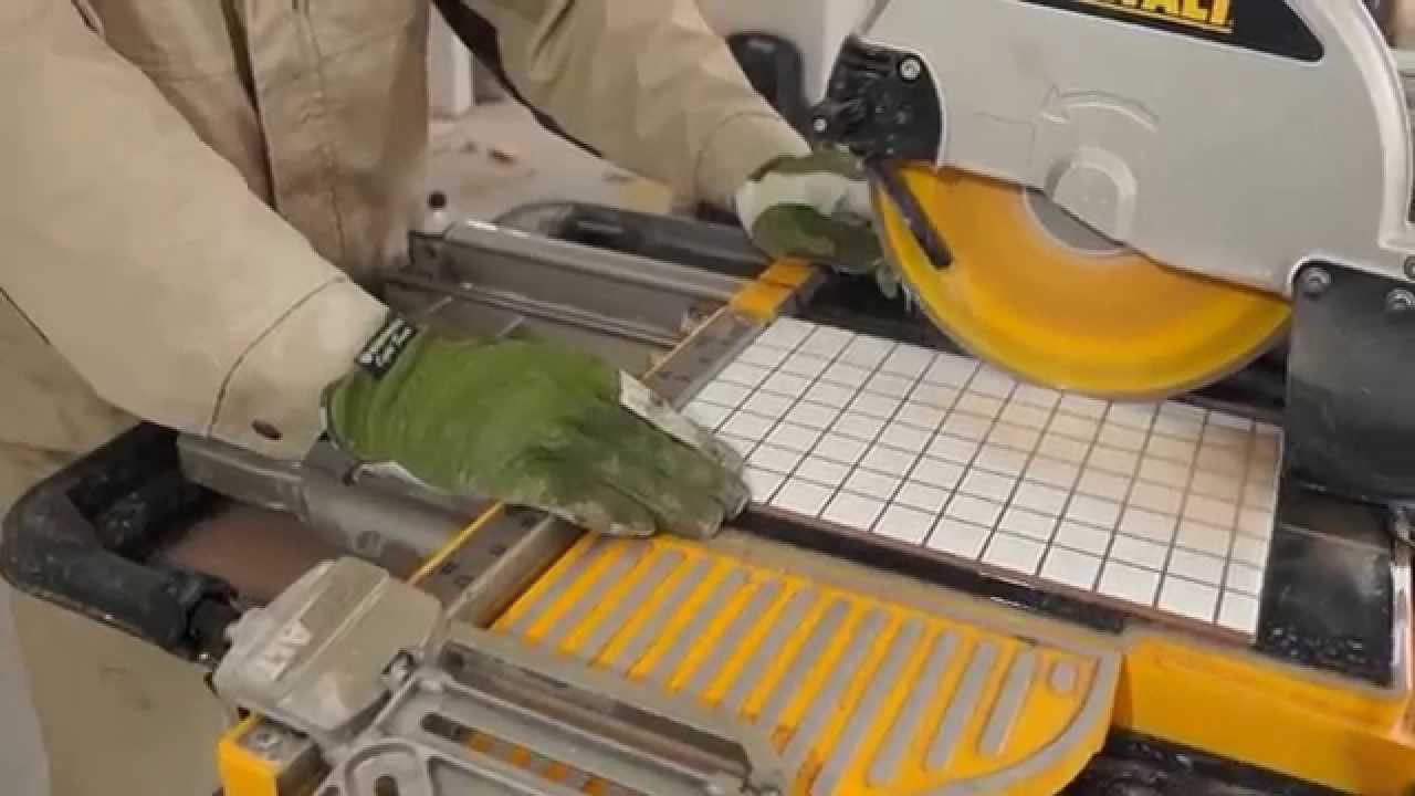 DeWalt D24000 ,Ремонт коттеджа, плиточные работы, резка плитки .