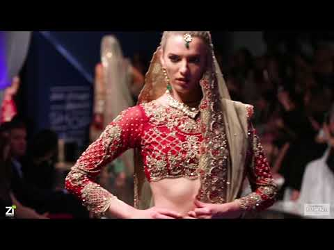 kareena kapoor's fashion show Doha qatar - 2018-2019