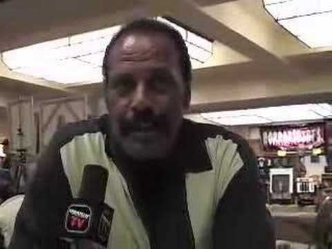 """Fred """"The Hammer"""" Williamson Interview at Fangoria 2007"""
