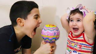 Celina and Hasouna Big Lolipop - سيلينا وحسونة حلوى للاطفال