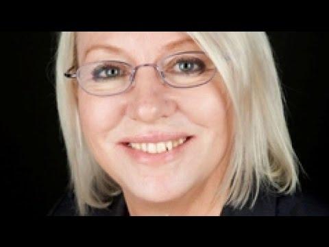 Queensland Minister Leanne Donaldson Resigns Over Unpaid Bills
