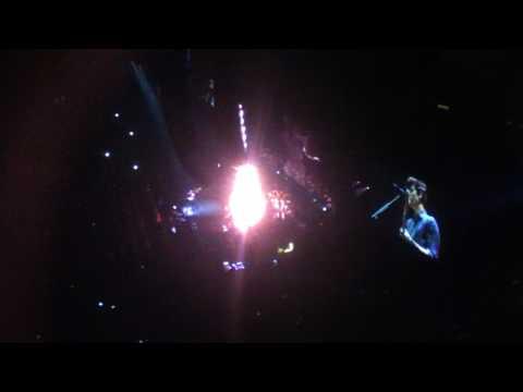 Lights On - Shawn Mendes // Illuminate tour (Omaha, NE)