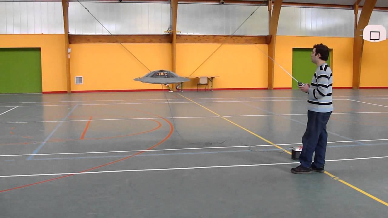 ovni / soucoupe volante / ufo indoor rc