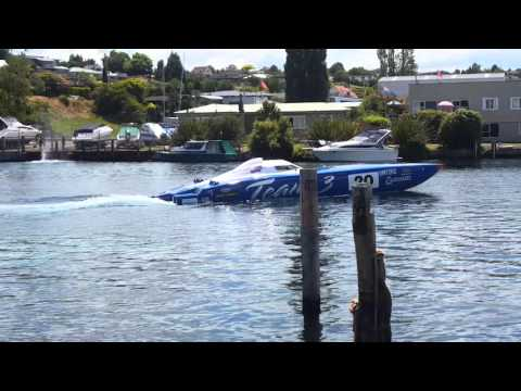 NZ Offshore Powerboats Taupo 2016 3