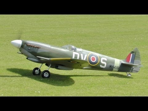 LARGE 1/4 SCALE MICK REEVES RC SPITFIRE EP - SECOND FLIGHT / STEWART AT NLMFC RC BALDOCK - 2013