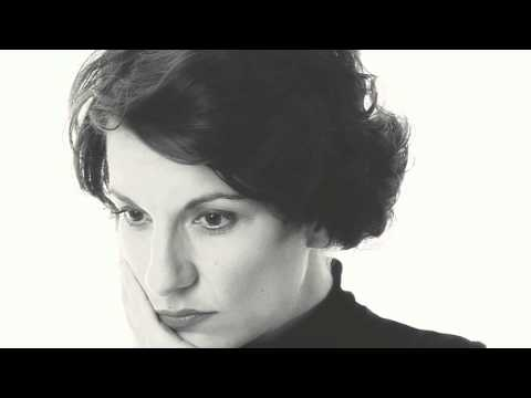 Old Romanian Lullaby -   Piano and Voice by Monica Ciuta