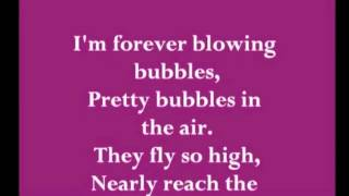 Gambar cover Forver blowing bubbles+lyrics - West Ham Utd Chant