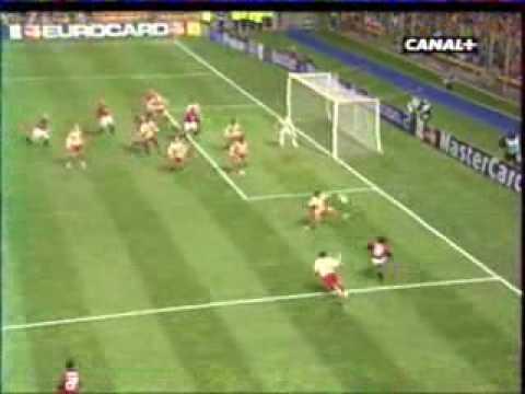 RC Lens - Milan AC : 2-1