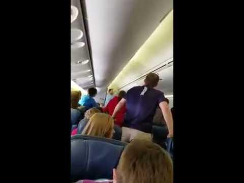 Plane Passengers sing Hallelujah