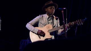 J.S. Ondara - Mother Christmas @ The Town Hall in NYC 12/4/2018