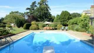 Holiday cottage in suffolk dog friendly with pool | Lodge Cottage,Hacheston,Suffolk