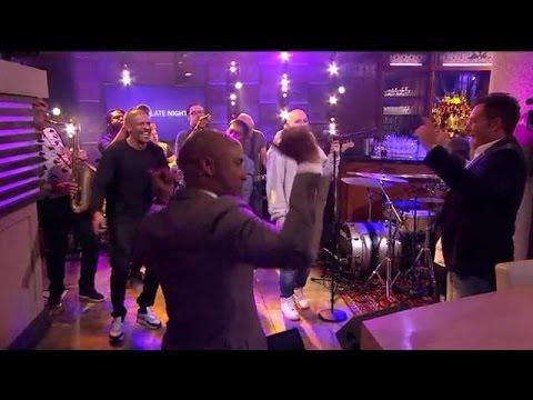 Rico, Sticks en Typhoon - Zandloper  - RTL LATE NIGHT