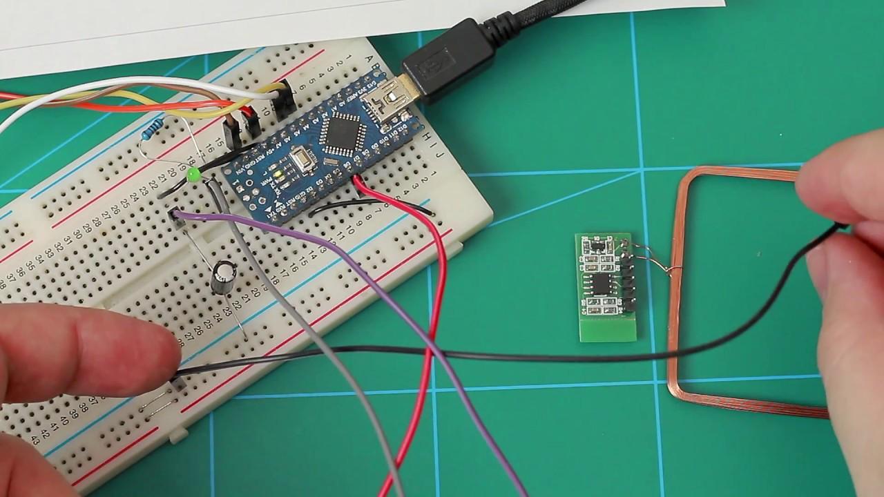 ICStation com's 125KHz RFID reader with TTL output
