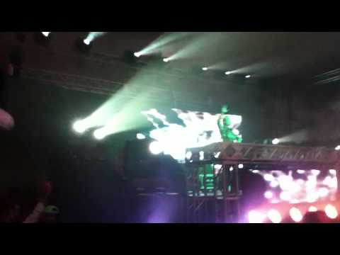 AVICII LIVE @ Music Hall/Tent Party (Sept 11, 2011) [London, ON]