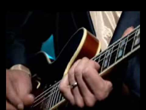 Tony Christie -Born To Cry