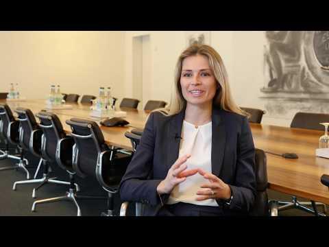 Julie Travadon - Senior Consultant Advisory, Financial Services, EY