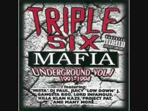 Three 6 Mafia - Walk Up To Yo House (Screwed and Chopped)