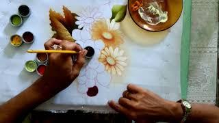 Pintura em tecido de margaridas com uvas