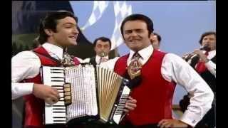 Max Greger & Orchester - Medley Volksmusik 1976