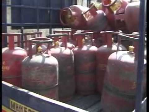 News Night: Govt hikes subsidised LPG cylinder quota to 12 per year