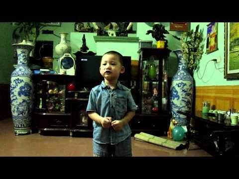 Tôm cá cua thi tài  - Ngọc Kiên 3 tuổi :D