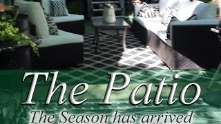 DECOR IDEAS FOR AN UNCOVERED PATIO.  (Tour) Make it a hosting spot!