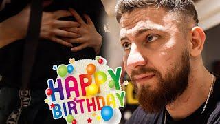 Ich überrasche meine Frau zum Geburtstag (auf süß)