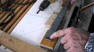 Repeat youtube video Cómo hacer una Ingletadora casera con sierra circular (II) Así se puede hacer, otra opción.
