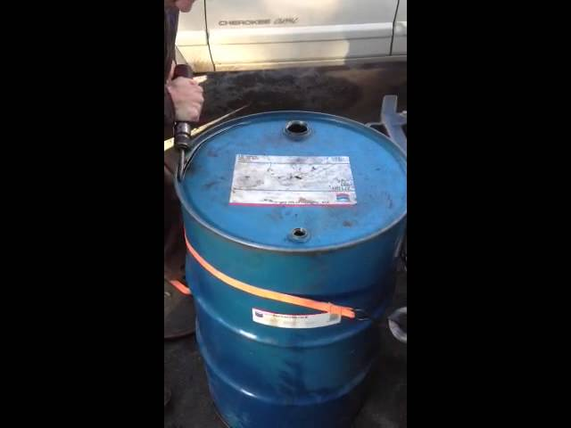 How to cut the lid off 55 gallon drum in under 30 seconds with air chisel