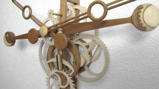 Secundus-wooden Clock