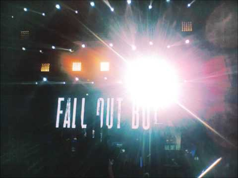 Fall Out Boy Save Rock and Roll Tour Live in Manila 2013 (Audio Recording by Trisha Sales)