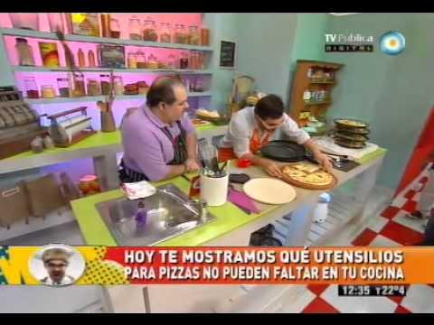 Utensilios para pizza youtube for Utensilios pizza
