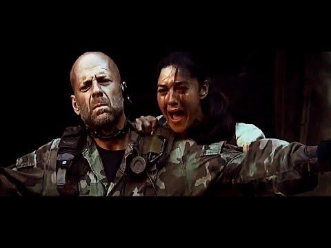 """Tears of the Sun [2003] Scene: """"Let's turn it around""""/Village massacre."""