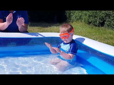 Aquatots Skills at Home | Aquatots at Home - Episode 8 Paddling with closed fingers