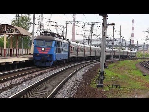 ЧС6-019 с поездом «Слава» Санкт-Петербург — Волгоград