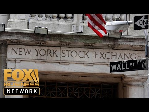 2020 Democrats seek Wall Street donors, shy away from corporate cash