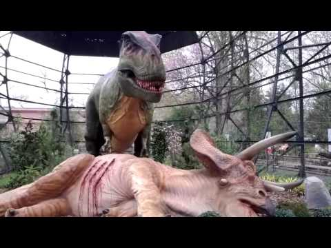 Dinosaurs at the Memphis Zoo