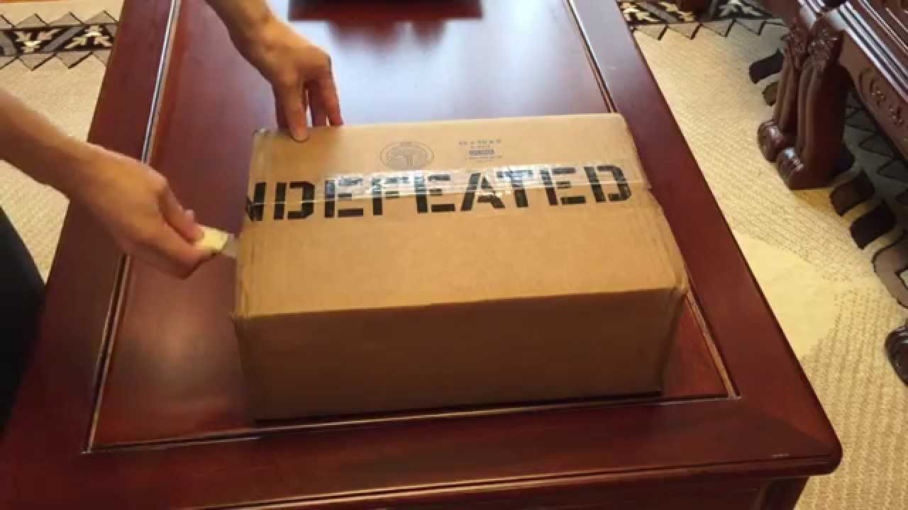 newest f81f3 c428d Bape X Undefeated X Adidas Superstar 80s UNBOXING