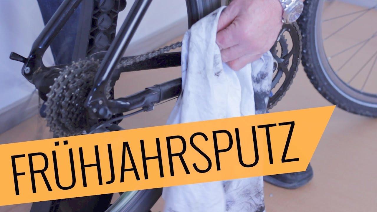 fahrrad richtig putzen fahrrad aus dem winterschlaf wecken teil 1 youtube. Black Bedroom Furniture Sets. Home Design Ideas