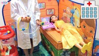 キッズテント病院 ベルのけんさ ジャンボ人形  ディズニープリンセス / Bell My Size Doll Check Up at Doc McStuffins 3D Playscape thumbnail